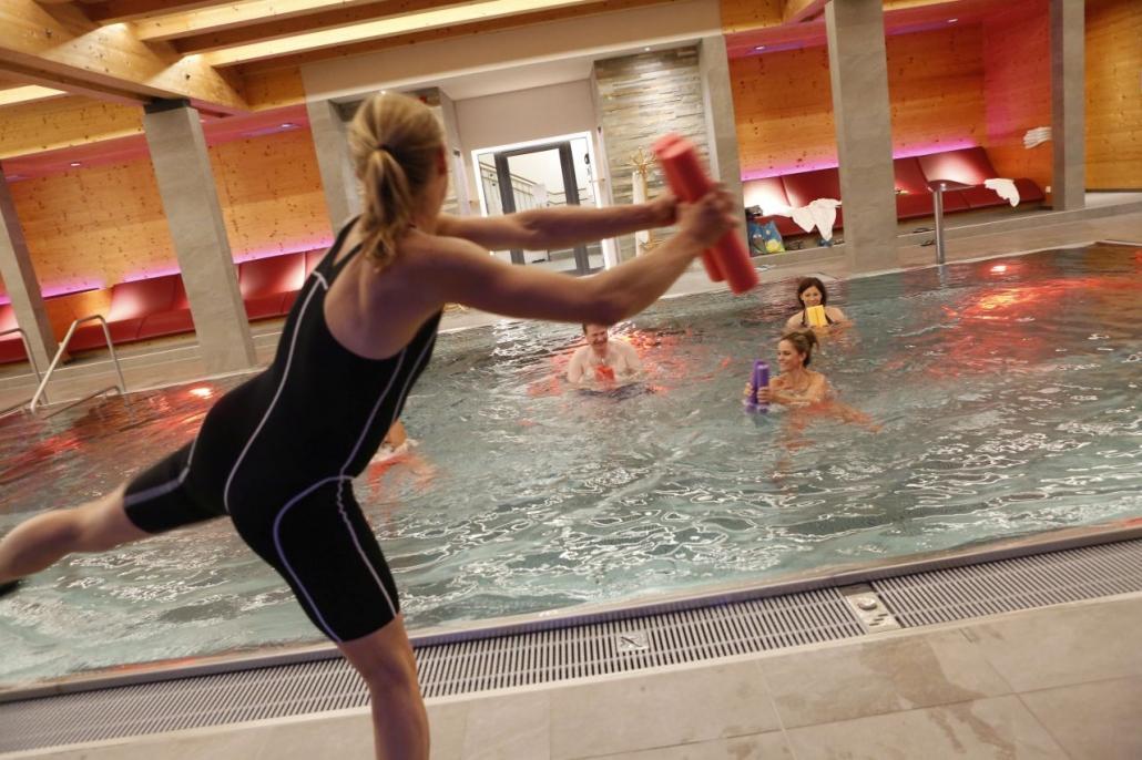 Aqua Fitness! 5 Gründe, warum Ihr Wasser Aerobic bei Ramsi machen solltet
