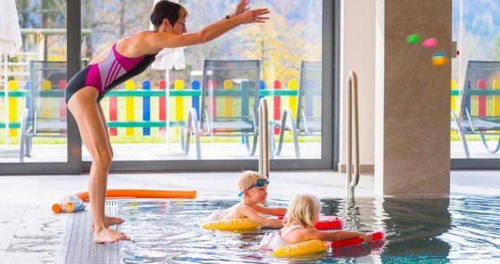 Kinderhotel-Ramsi_Freds-Swim-Academy_Titelbild