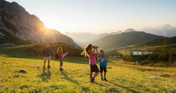 Ramsis fünf beliebteste Familienwanderungen: Naturgenuss direkt vom Kinderhotel aus
