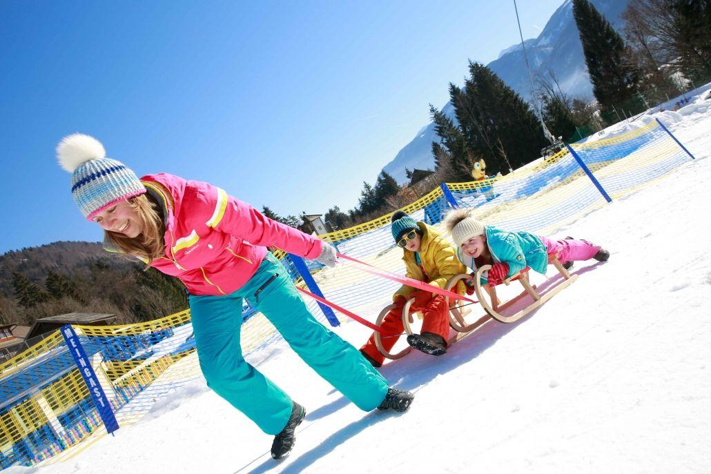 Rodeln und Snowtubing direkt beim Kinderhotel Ramsi